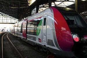 Île-de-France region to receive additional Bombardier Francilien EMU commuter trains