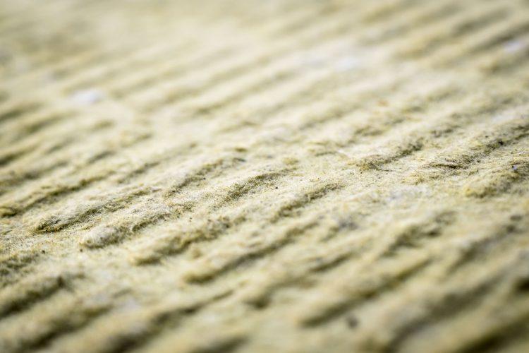 Lapinus - Stone wool is made of natural rock, spun into wool