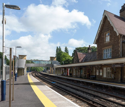 Artists-impression-of-new-bridge-at-Godalming-station
