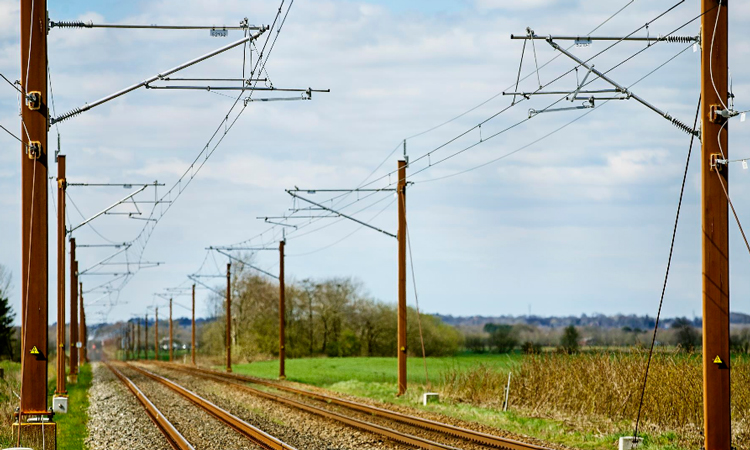 Banedanmark to begin electrification of Roskilde to Holb?k track