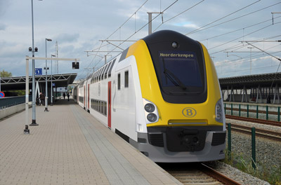 Belgian National Railways orders double-deck train cars
