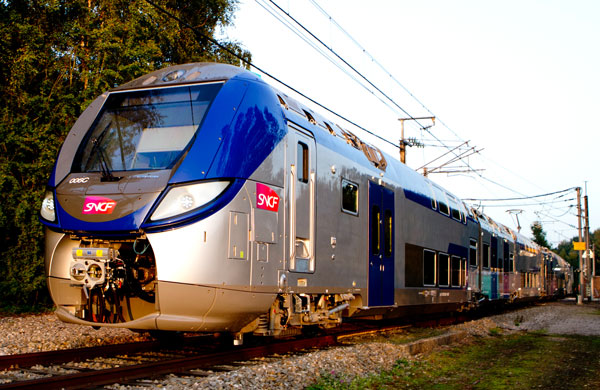 Bombardier Presents its New OMNEO Double-deck Platform in France: the Regio 2N