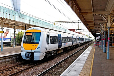 Bombardier and National Express sign maintenance contact for new Essex Thameside franchise
