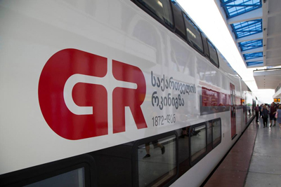 Georgian Railway begins operation of Stadler Kiss double-deck EMUs