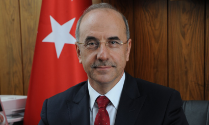 Mr Isa Apaydin, UIC Vice Chairman