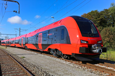 Sweden's MTR Express celebrates six months operational service