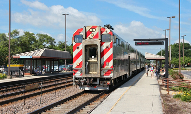 Metra suspends rolling stock procurement for Chicago