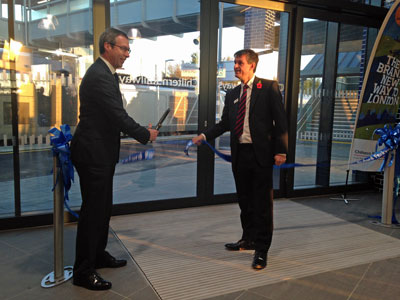 New Oxford to London rail line opens