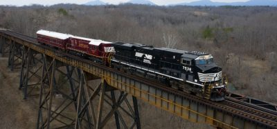 Norfolk Southern deploys locomotive-based autonomous track system