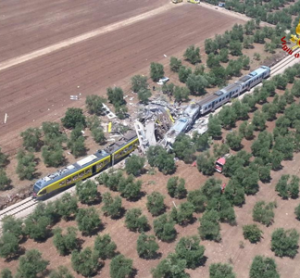 Rail collision southern italy