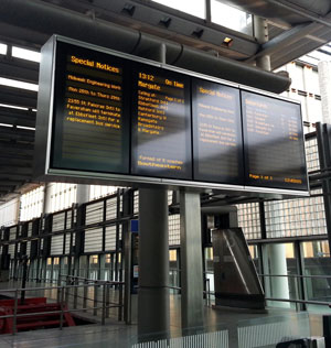 Bespoke CIS display support for St Pancras
