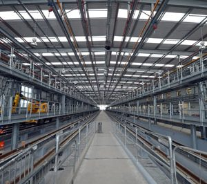 Thameslink hi-tech train centres near completion