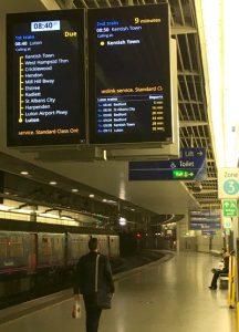 Thameslink stations information screens
