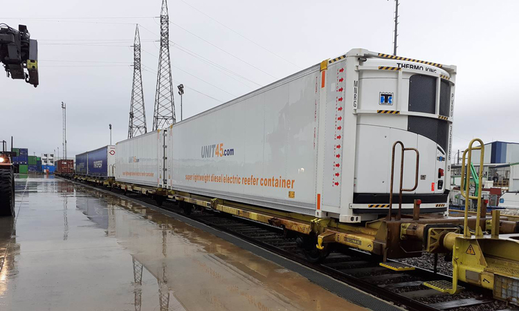 Transfesa Logistics launches express freight connection to UK