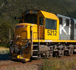 KiwiRail suggest that extended log trains will take more trucks off roads