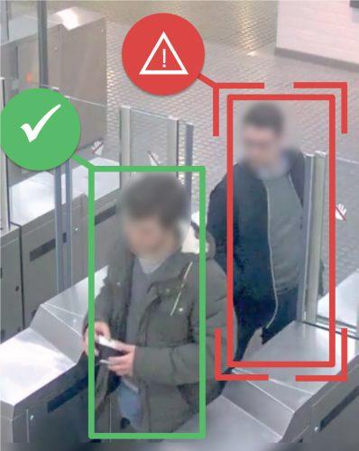 Simulation of tailgating passenger AI